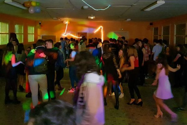 photo lycee le nivot activites soiree